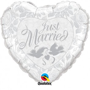 """Qualatex 18"""" Foil Balloon Just Married (Pearl White & Silver)"""